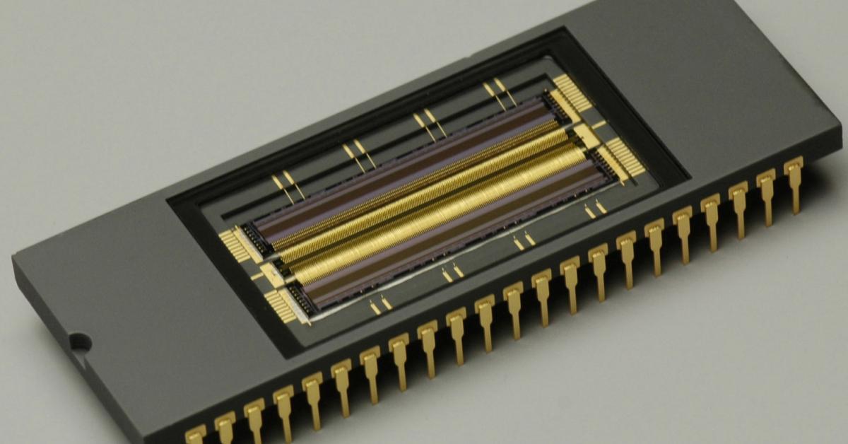 Paper About Low Noise Readout Detector Circuit For Nanoampere Sensor
