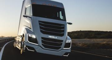 Hydrogen-electric truck technology company Nikola has raised an additional $230m from strategic investors Bosch and Hanwha.
