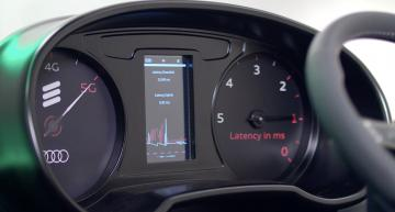 5G enables unplugged robot action in Audi's production lab