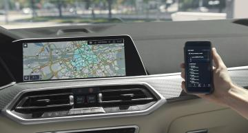 GPS automatically switches hybrid vehicle to electric operation