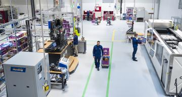 BMW launches 3D printing campus