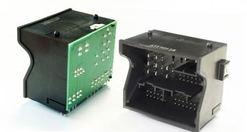 Further developed Quadlock connector becomes Y-Quad