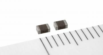 Compact thin-film power inductors for automotive power circuits