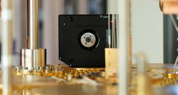 IBM unveils quantum computing-safe tape drive