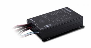 solar streetlighting leverages new hybrid charging technology