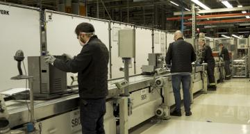 SEAT starts production of ventilator based on windscreen wiper motor