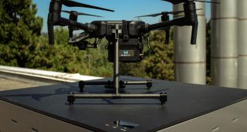 WiBotic in the US is using Vicor's 400W 48V high-efficiency DC-DC converter for an autonomous wireless charging system that can handle any type of drone or industrial robot