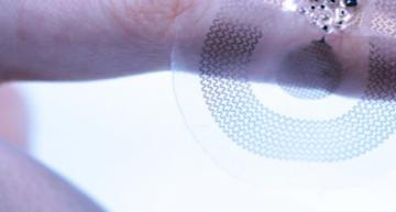 A flexible wireless sensor developed by Sibel Health in the US for newboard babies has won the €30,000 inaugural spinoff prize from journal Nature