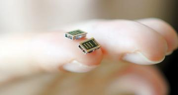 Thin substrate enables world's smallest Bluetooth module