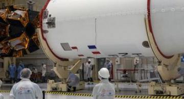 OneWeb raises more cash for LEO satellites