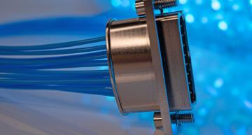 Micro-connecteurs DBMM pour systèmes aéronautiques, missiles et systèmes radar