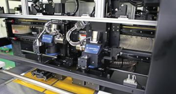 Systèmes de positionnement pour la micro-production dans l'industrie électronique