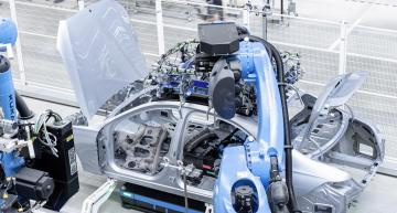 Mercedes opens key climate-neutral 5G factory 56