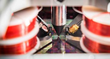 Accuracy boost for magnetic wafer probe