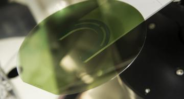 STMicroelectronics produces its first 200m SiC wafers