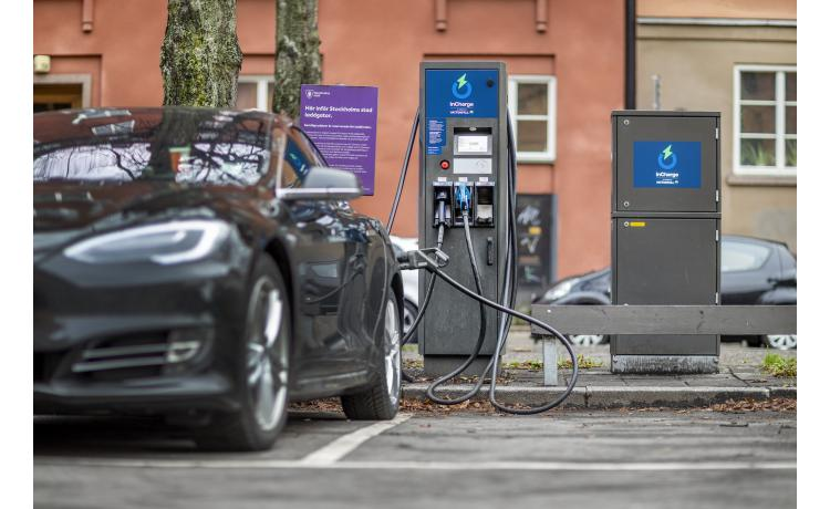 Swedish 50kW fast charger roll out uses ABB tech