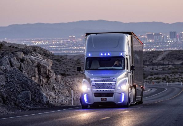 Daimler kicks the pedal for the development of automated trucks