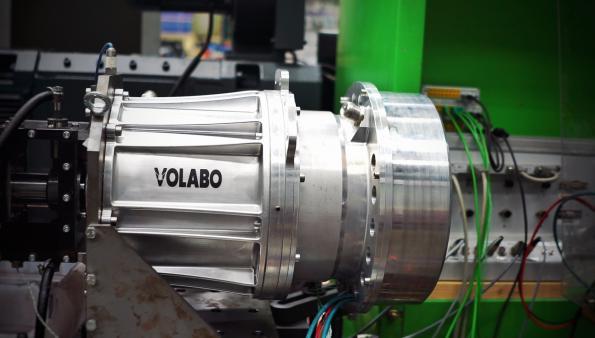 low-voltage, high-efficient drive unit