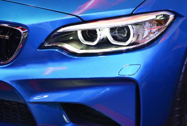 Improve Automotive Exterior LED Lighting with Buck-Boost Average Current Control