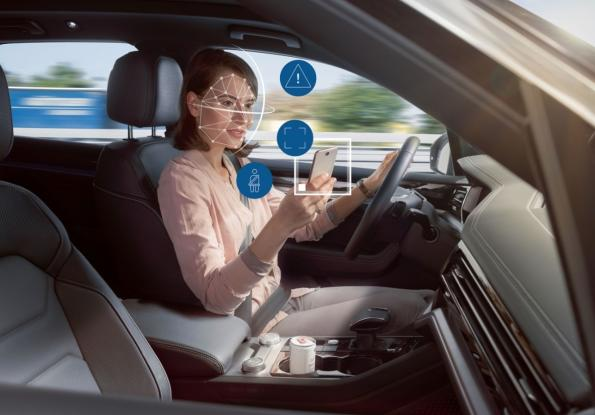 Interior camera uses AI to detect driver distraction and fatigue