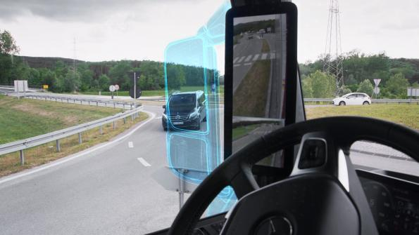 Daimler replaces rearview mirrors on its trucks with camera
