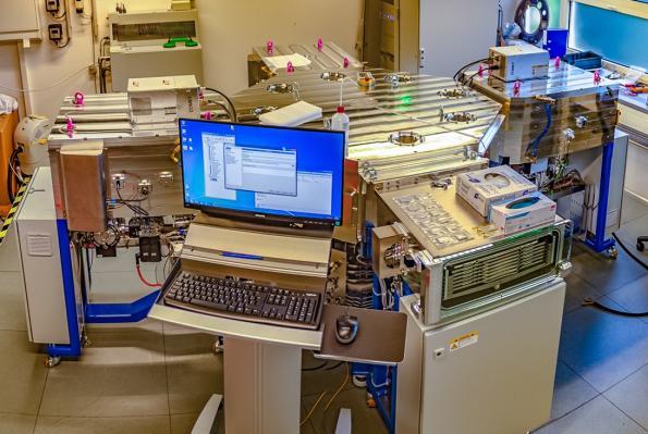 Industrial production of silicon perovskite tandem solar cells comes closer