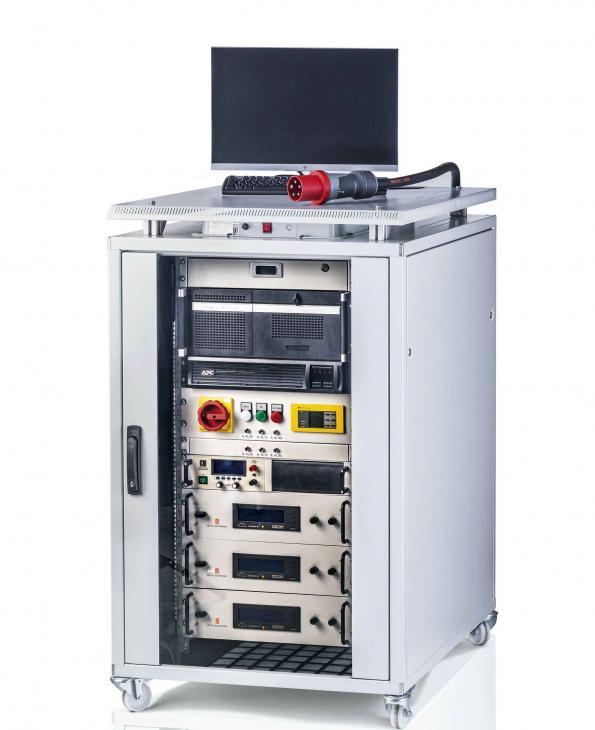 AV rolls mobile test stand for electric drivetrains