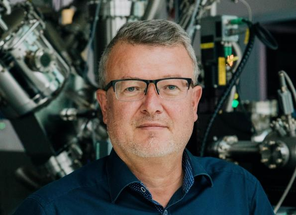 Clone of Battery researcher holds out prospect of ranges of up to 1000 km