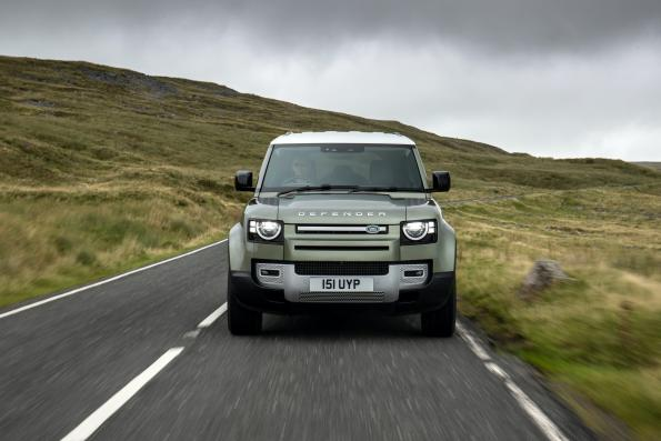 By Zeus: JLR develops Defender prototype with H2 fuel cell