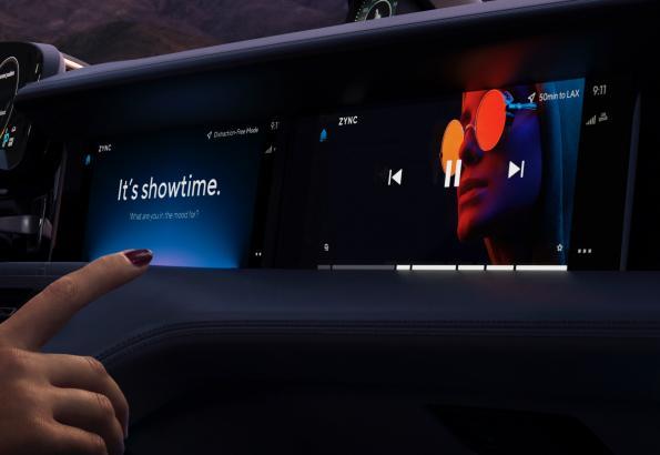 Porsche breaks new ground in in-car entertainment