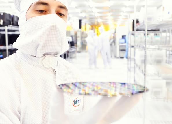 Infineon slightly beats estimates in difficult market