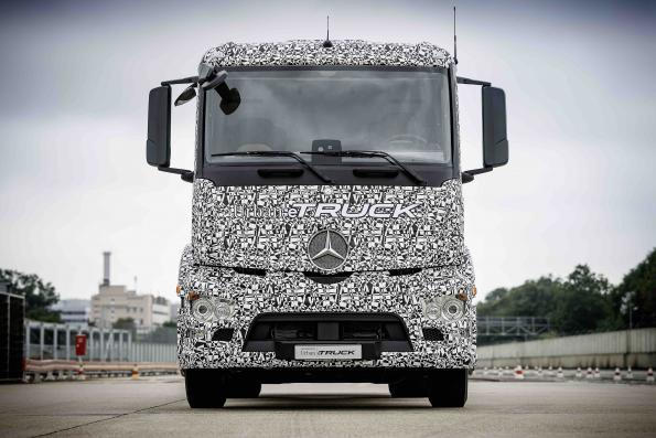 Daimler rolls near-series, all-electric truck