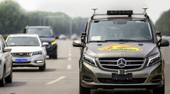 Daimler tests automated driving in Bejing's chaotic traffic