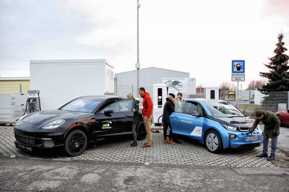 Fast-charging network refuels e-vehicles in 15 minutes
