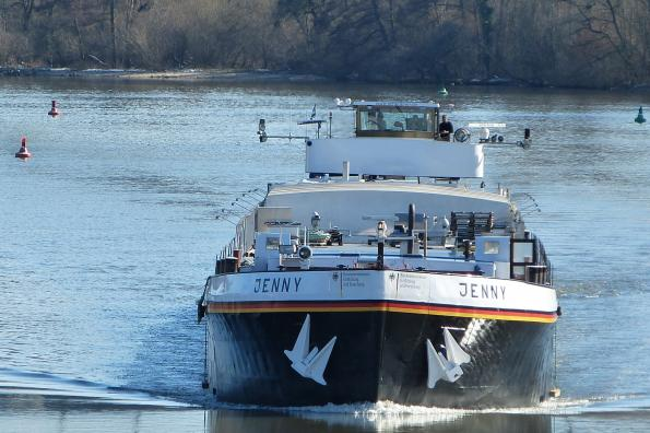 Autonomous driving becomes a topic for inland navigation