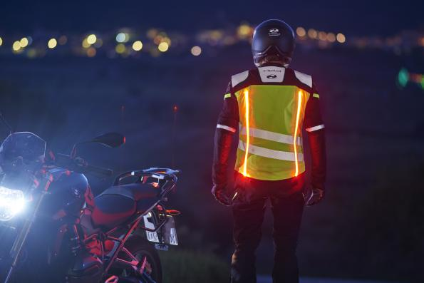 Luminous motorcycle clothing for more safety on the road