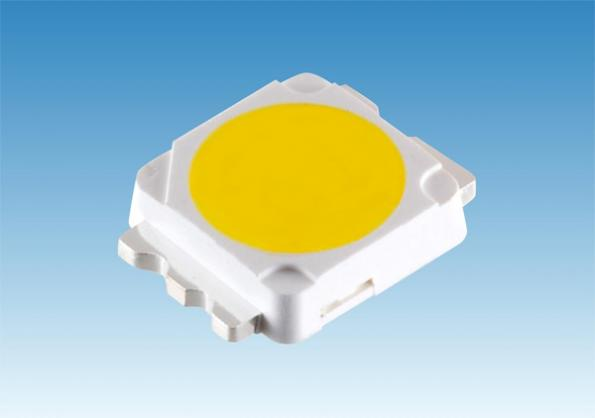 Cost-competitive 1W LED manufactured on 200mm silicon wafer