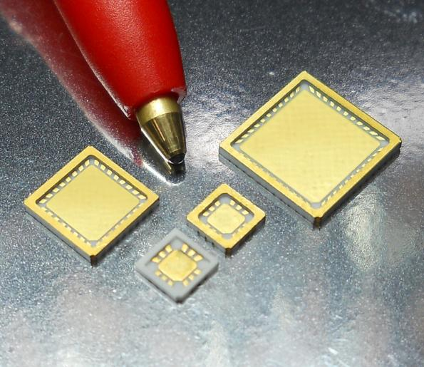 Hermetically sealable HTCC air-cavity QFN packages fit for 40GHz