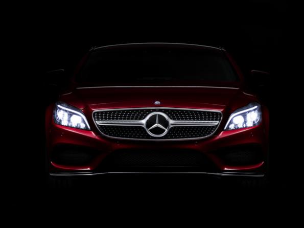 Mercedes Benz reveals new generation Multibeam LED technology