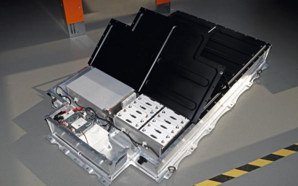 Samsung Sdi Batteries To Drive Future Bmw Evs Eenews Europe