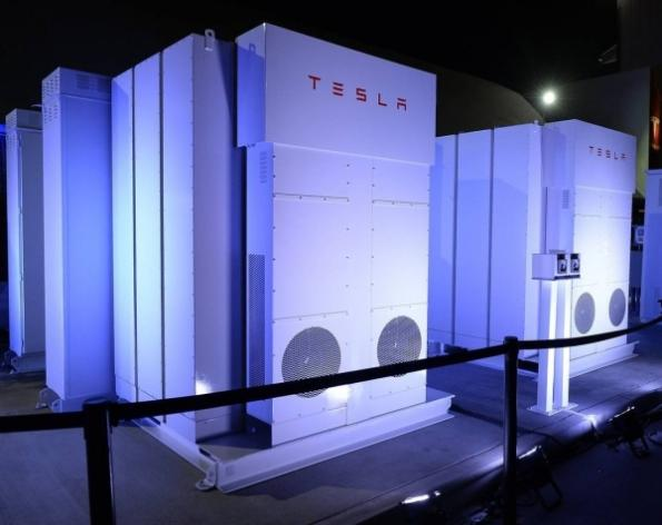 Tesla batteries to star in hybrid-electric building initiative