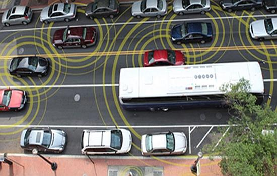 US DoT: Car-to-car communication is coming sooner