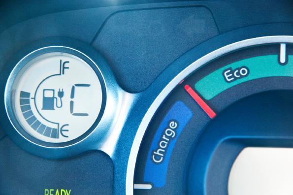 Tesla promises 1000 km range for e-cars soon