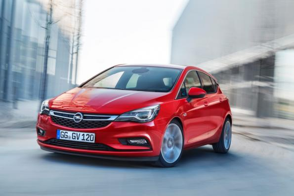 Opel Astra: High-end connectivity for the masses