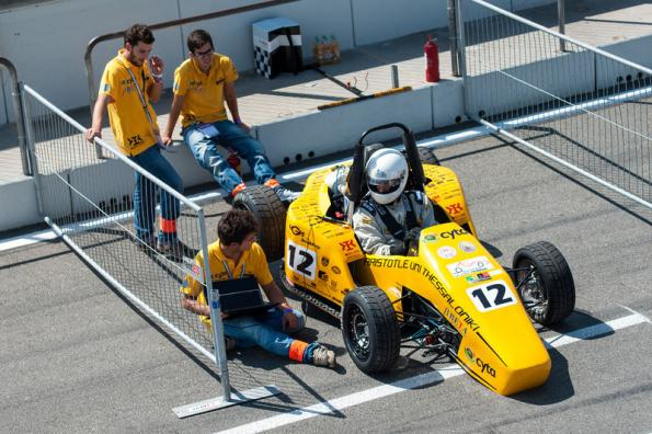 In Formula Student, future engineers compete with ideas