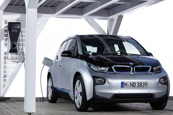 BMW launches energy storage company