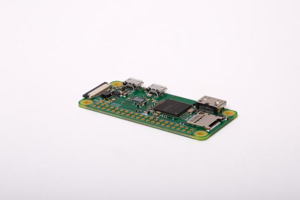 Raspberry Pi Zero W IoT board uses Cypress Wi-Fi, Bluetooth combo IC