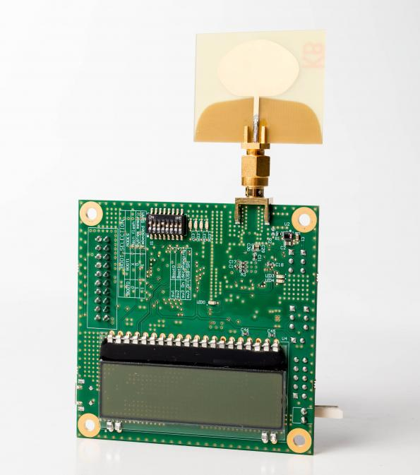 Indoor ultra-wideband positioning/locating kits, in distribution