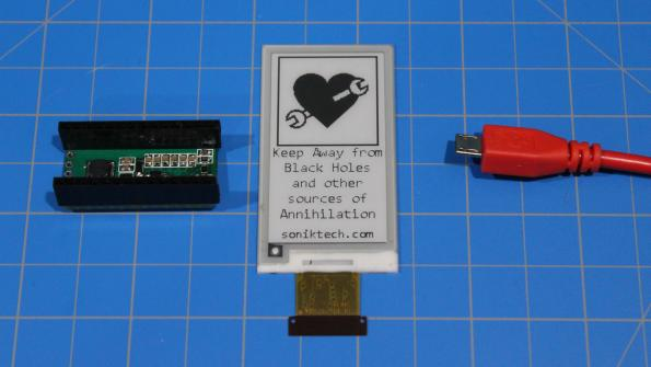 An e-paper shield starter kit for the makers