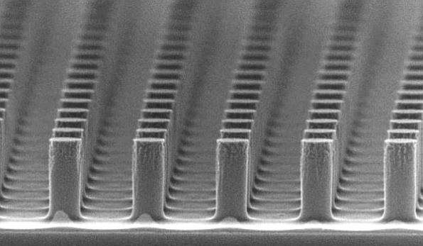 Nanoscale semiconductors promise to double solar cell efficiency
